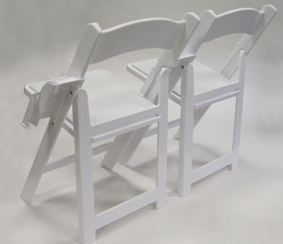 Linking Spacer With Structure Folding Chairs