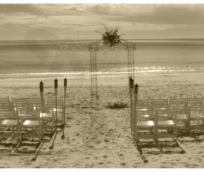 Ispra White / Wedding on the beach